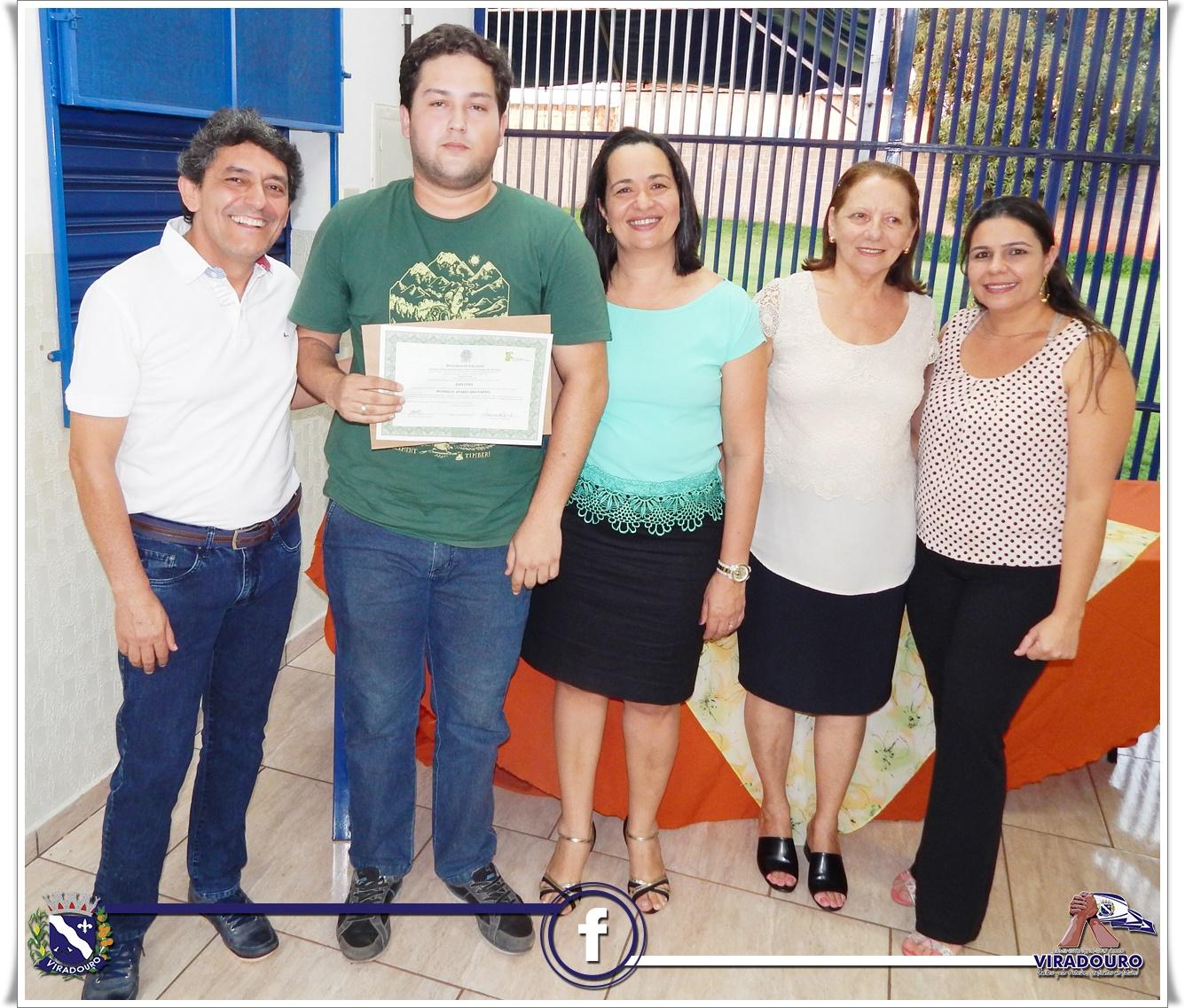 ENTREGA DE CERTIFICADOS PARA OS ALUNOS DO CURSO TECNICO