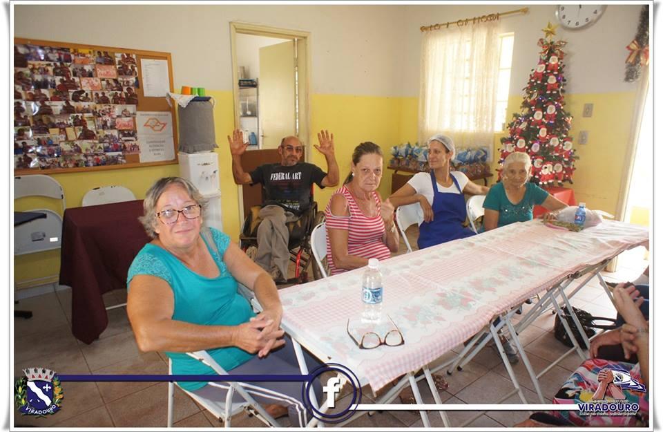 Almoço de confraternização para os idosos do C.C.I Municipal