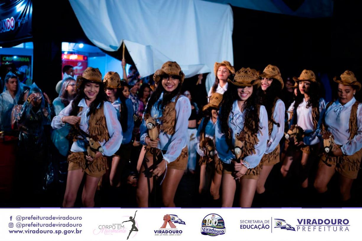 Escola de Dança Representa Viradouro em Barretos 2018