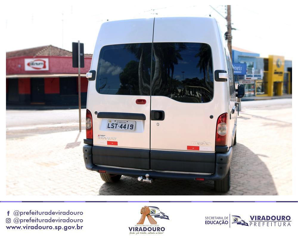 Aquisição de Van da Marca Renault Master Seminova