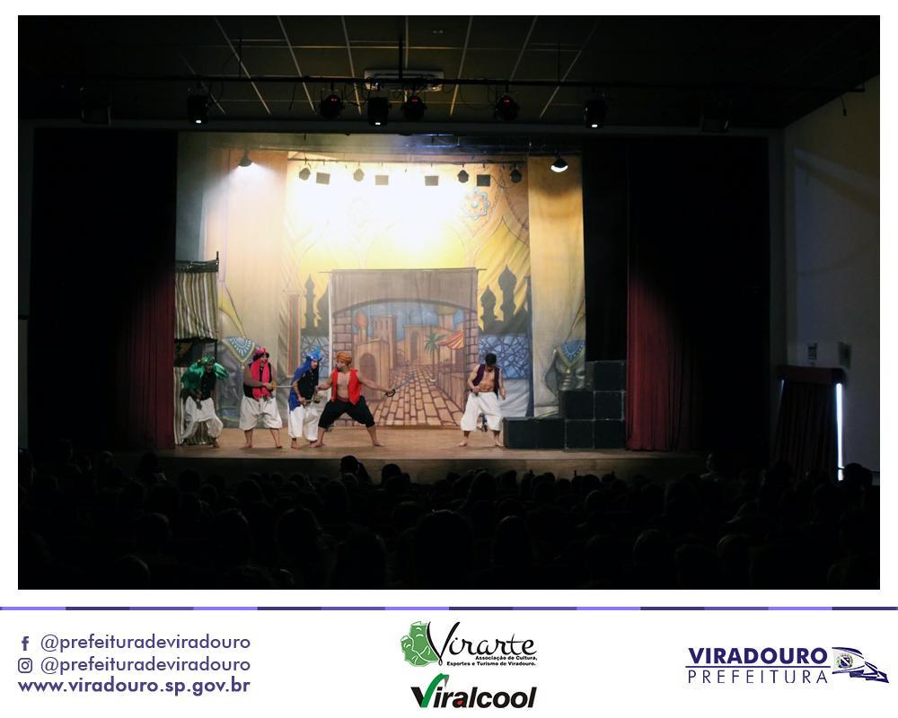 Teatro - Inauguração