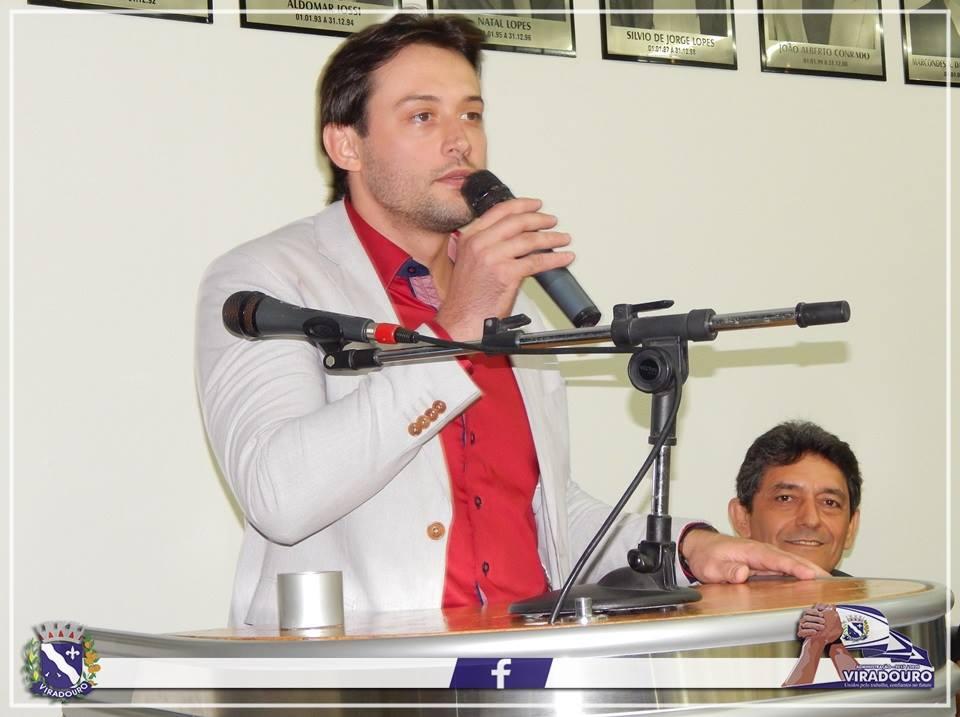Títulos de Cidadãos Viradourenses aos médicos cubanos