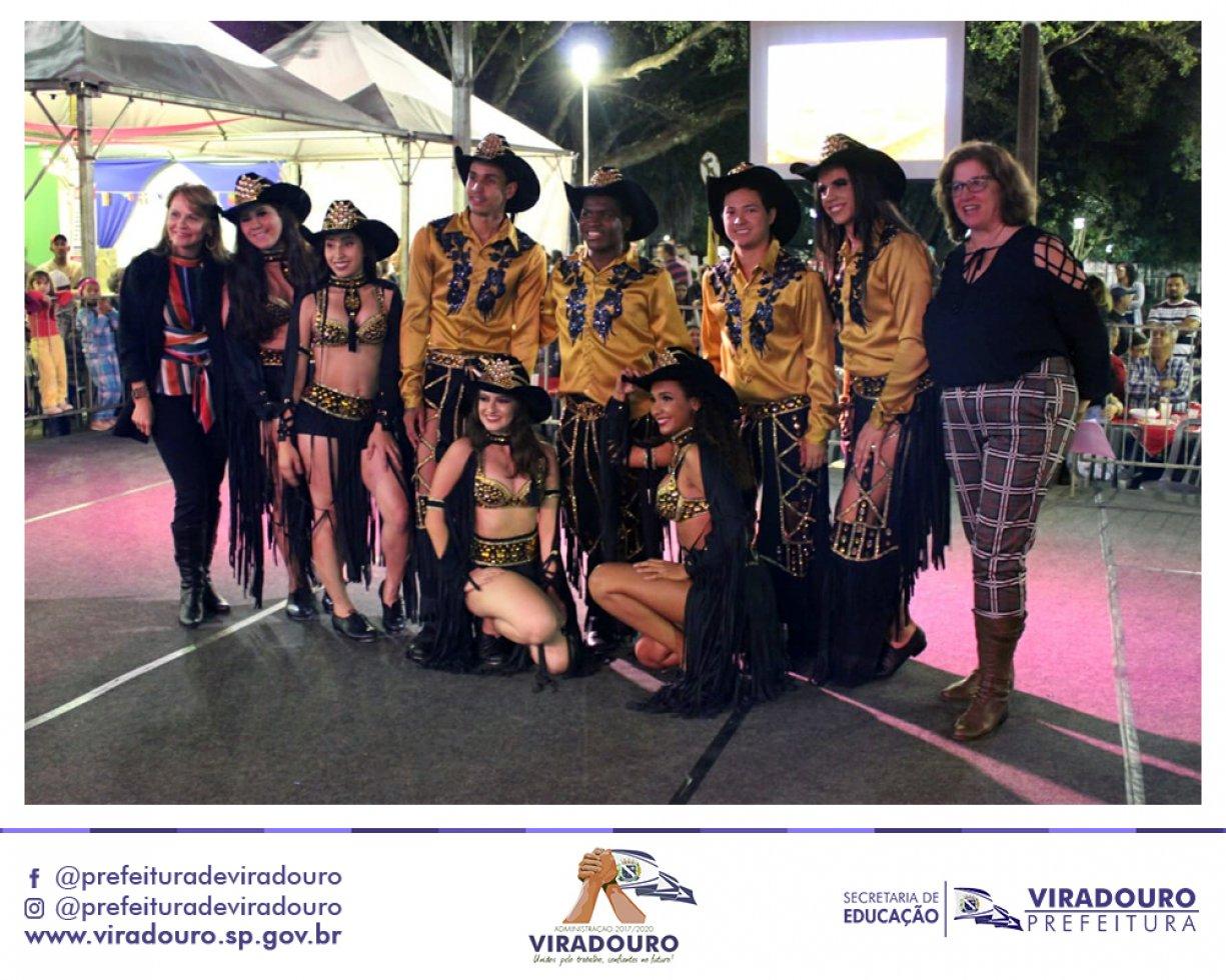 Escola de Dança CIA Corpo em Movimento Representa Viradouro na Festa das Nações em Cravinhos
