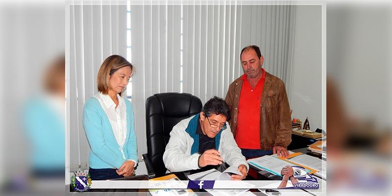 Assinatura de Termo de Colaboração entre Prefeitura, CCI - Clube Saber Viver e CEREA
